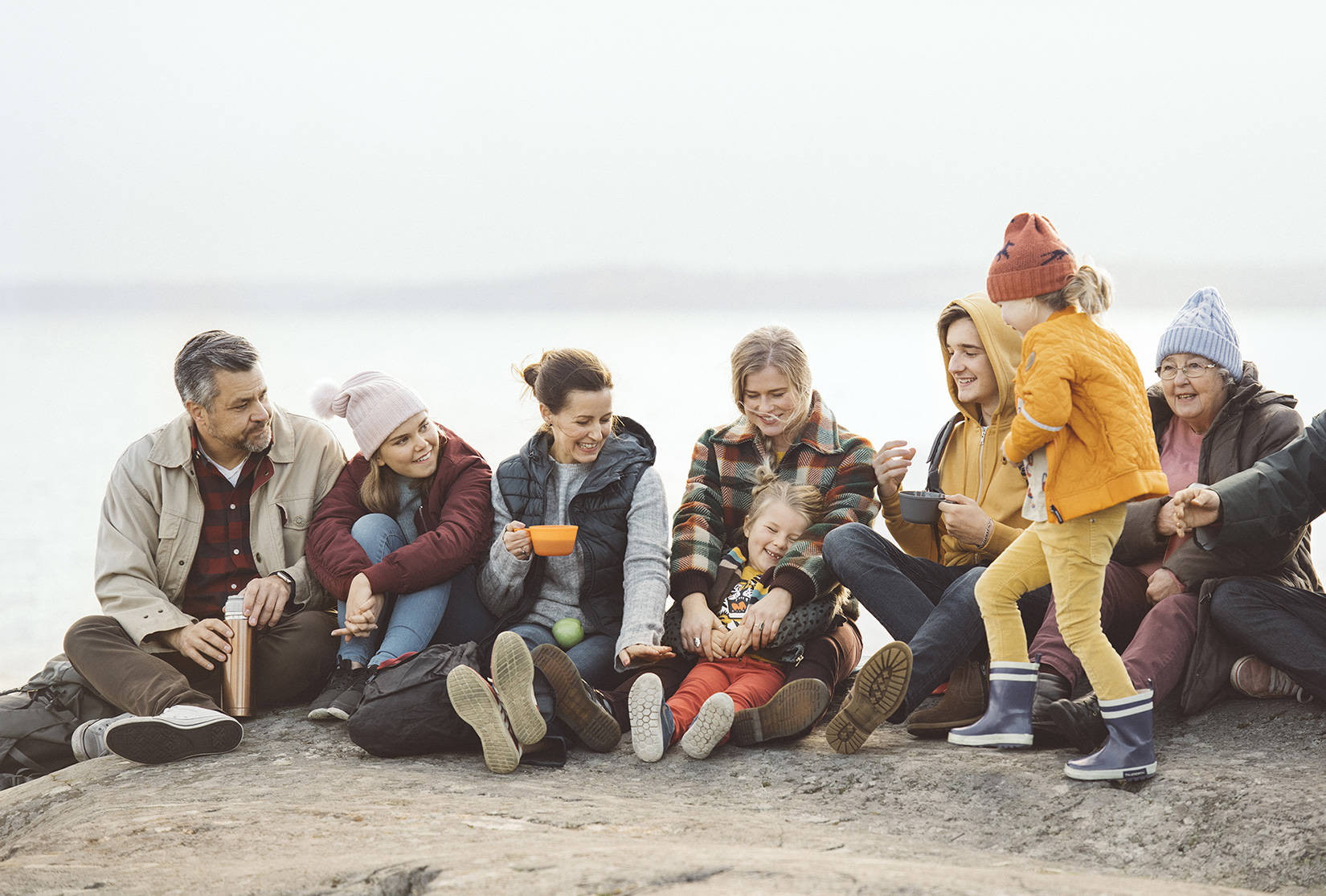 Happy-FB_Swedbank_Imagery_Together_10